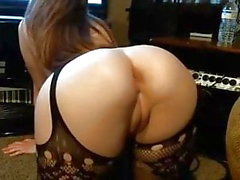 Pales babe bif round ass shaved cameltoe pussy hard nipples