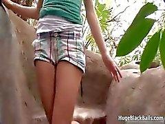 Kleine blonde tiener geniet een goede neuken part6