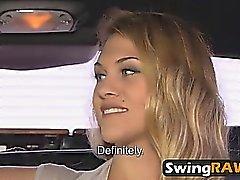 Swingers compartir esposas follando en orgías calientes