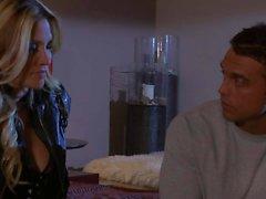 Marco London encanta lamer Jessica a Drake s caliente coño