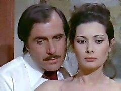 Edwige Fenech - La signora Gioca bene een scopa ( 1974 )