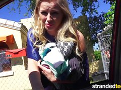 StrandedTeens Sexy blond gives some roadhead