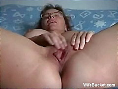 Rijpe vrouw zichzelf te vingeren