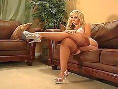 sensual big ass loirinha com as meias