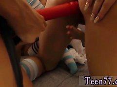 Deauxma lesbo kovalevy täysipituinen neljäkymmentä tytöt tuli yli illanvietossa