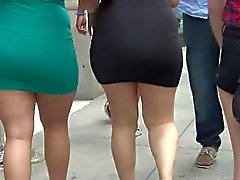 Super Sexy Big Ass In strakke jurk