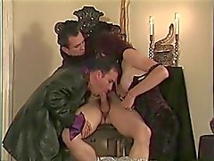 bisexuales anal mamadas grandes tetas morenas