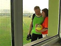 Filippino teen ragazzo spruzzo sborra giocatore il calcio olandese inchiodato da