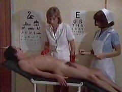 Verpleegkundige dienst voor jongen
