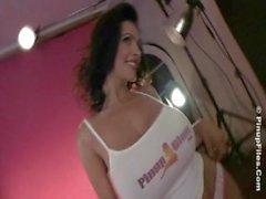 Denise Milani Ajustada Maglietta