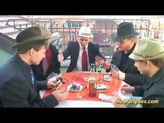 orgia bukkake em nosso último jogo de poker