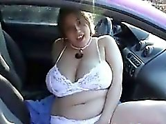 Amateur BBW Masturbating In Her Car