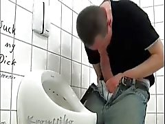 Hung Paksut Kyrpä Wanking julkisyhteisöjen WC