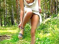 Sexy meisje op de rivier