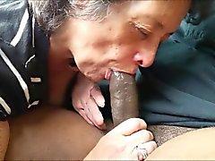 Любитель бабка еда черный член
