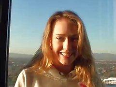 Kagney Linn Karter fucking poikaystävänsä kotiruokaa pov videolle