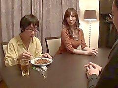 Mamá De Real De La Educación Sawamura Reiko
