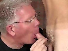 Las películas pornográficas gays de una corta chico de cabello rubia de Nalgadas Los de Sch