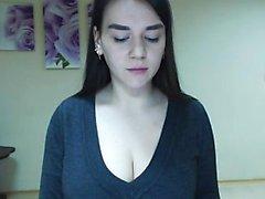 Sexig brunett Gianna Michaels olja hennes stora röv och bröst