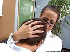 Carmella bir lanet bir bir öğretmen oldu