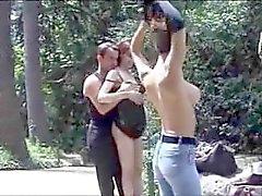 Sexo público francés en el parque