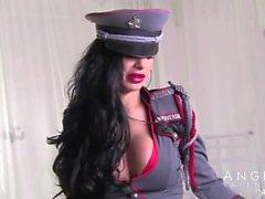 Анджелина Валентина во Uniform Fisting а Dildoing в ее жопе