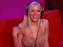 Сексуальная горячей порно звезда Биби Джоунс Interview