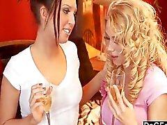Stygg personlig shopper fångade smeker hennes klitoris