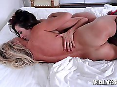 Início de apresentar lésbicas da Ariella Ferrera Natal Puma Swede