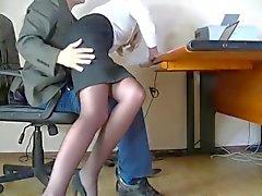 Dold kameran filmades en ödmjuk sekreterare