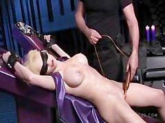 Emily Addison Heißes Wachs Wunderbare Körper Groß Orgasmus