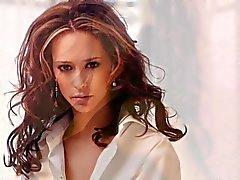 Di Jennifer Hewitt vs Kate Beckinsale Rd 1 masturbazione sfida
