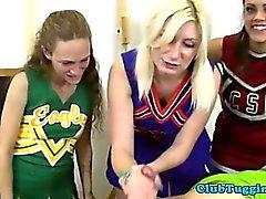 Blondine coups teen cheerleader et des remorqueur queue
