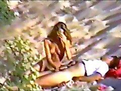jong stel met seks op het strand deel 2