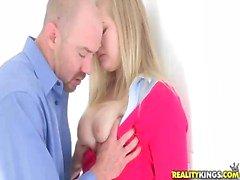 Blonde tiener belle Roxy Lovette krijgen een lul