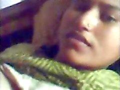 PAKISTANI - Jeune femme