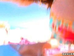 Sara Jay Krystal Star (Otro día en la playa)