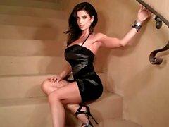 Stairs on Denise Milani in Sıcak - dışı çıplak