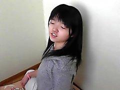 Japanisch teen Mädchen zeigt ihre ticklish Sohlen Teil 2