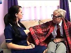 Enfermera Eurocopa fetiche acaricia Old Cock