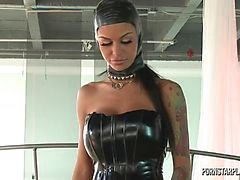 Angelina Valentine à de domination de Veronica