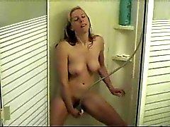 Секси White жена в душе