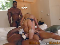 Cutie grupo interracial