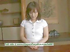 Nao Ayukawa onschuldig schattig Aziatisch meisje houdt van neuken in de keuken