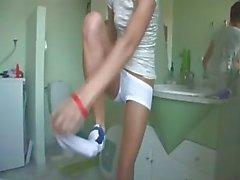 Húngaro Natasha no armário de água