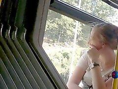 Voeten in Bus