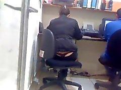 Sdruws2 - panty thong op het werk