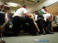 Orgia asiático en un avión con de Asa Akira