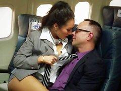 Asiatisch Orgie auf einem Flugzeug mit Asa Akira