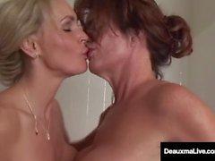 Busty Milf Deauxma A Cunnilingus Bath avec Tanya Tate!